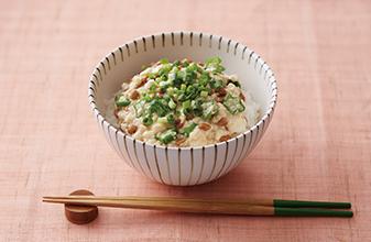 おかめ納豆腐蓋飯
